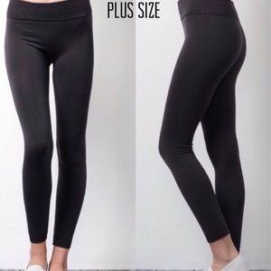 Pants - Plus Size Black Fleece Lined Leggings